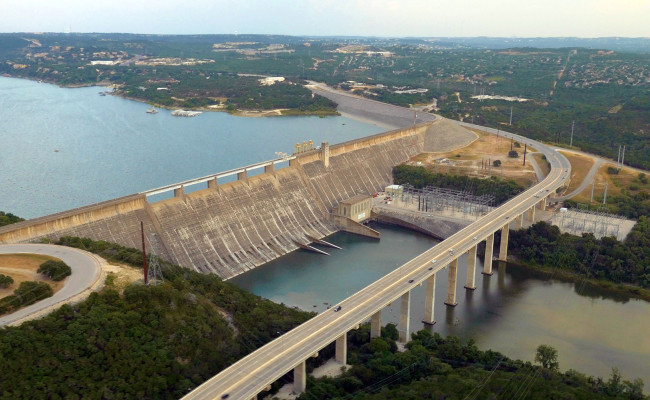 Lakes And Hill Country  Helicopter Tours Austin TX